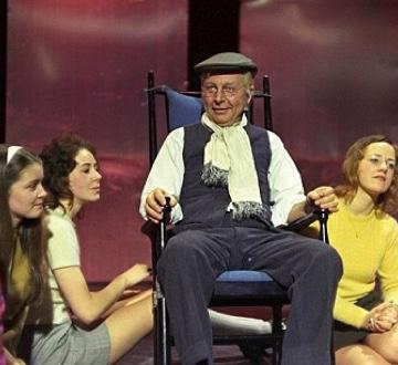Clive Dunn - Grandad